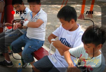 自救自护之伤口包扎-利龙跆拳道2014军事拓展夏令营